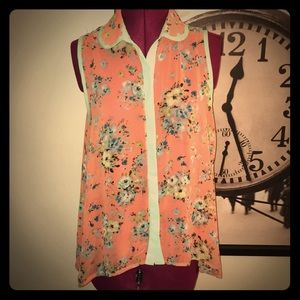 Tops - Floral Sleeveless Blouse